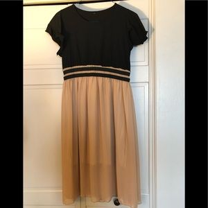 Dresses & Skirts - Amazon Prime dress. Size medium. Black and brown.